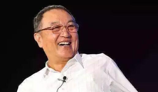 柳传志今天正式退休